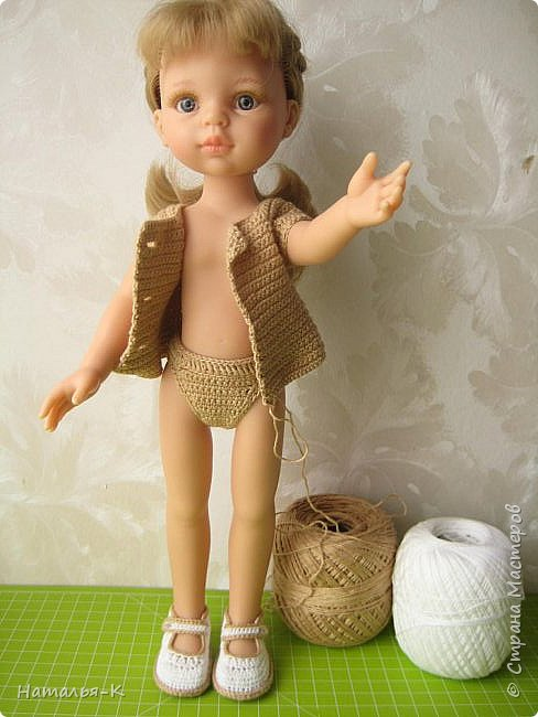 Здравствуйте дорогие мастерицы! Сегодня я пришла показать обновки для куклы паола Карла.  Вязала по МК Оксаны Лифенко. Ещё не постирала, поэтому петельки на фотографии рыхлые...  вяжу всю свою сознательную жизнь, но такие вещички для кукол..., учусь у Оксаны с 2015 года. Прекрасная Мастерица, я рада что повстречала её на моём творческом пути. фото 2