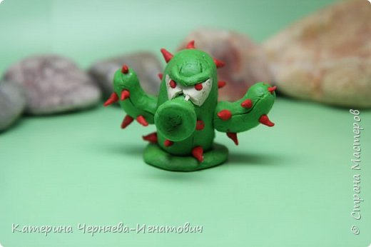 """Сегодня, Ермак закончил свою коллекцию пластилиновых растений из игры """"Растения против зомби"""". Первым в этом списке Кактус. фото 1"""