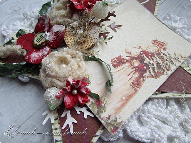Всем - здравствуйте! Я вам рада! У меня первая в этом году новогодне-рождественская открытка. Открытка серьезная - со Святителем Николаем или Николаем-угодником, как его любят величать на Руси. Пусть принесет святой старец мир в наши дома, тепло - в наши сердца, добро - в наши души! фото 3
