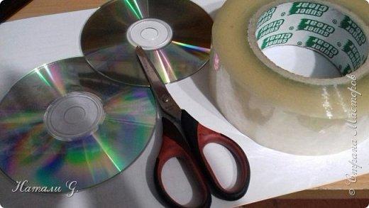 СНЕЖИНКИ на  старых дисках (или вторая жизнь СD-дисков) фото 3