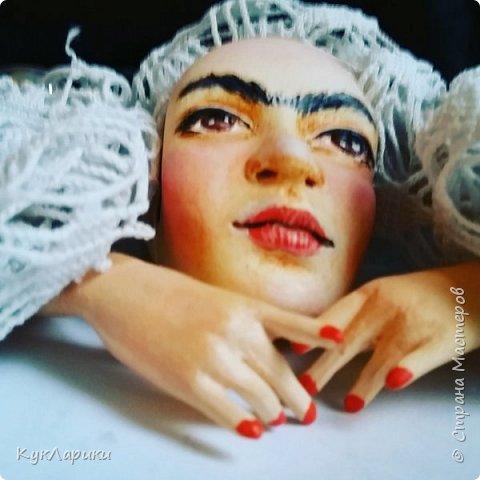Добрый день. Я уже писала,что очень люблю Фриду Кало. И это моя третья кукла. фото 6