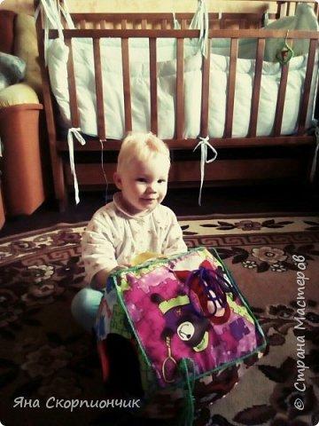 Для своего 10-месячного малыша сшила вот такой кубик. фото 8
