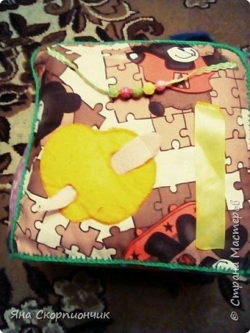 Для своего 10-месячного малыша сшила вот такой кубик. фото 6