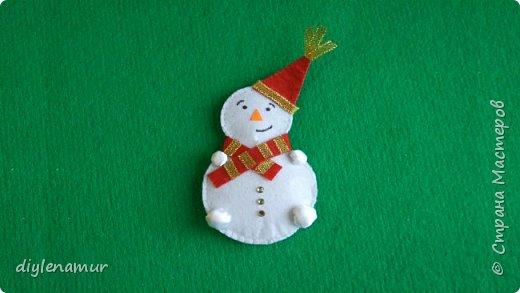 Готовимся к Новому году: снеговик своими руками. Видео мастер-класс