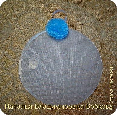 Мастер-класс  по изготовлению панно  «Цветок»   из бумажных салфеток.  фото 24