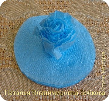 Мастер-класс  по изготовлению панно  «Цветок»   из бумажных салфеток.  фото 35