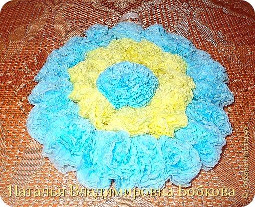 Мастер-класс  по изготовлению панно  «Цветок»   из бумажных салфеток.  фото 37