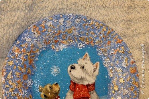 """Добрейшего всем дня! Я с новогодней подготовкой. Ключница. Заготовка их фанеры березовой, салфеточка с волком, """"лепнина"""" из Фимо самоотвердевающей, ягодки из Фимо запекаемой, фактура шпатлевкой Текс для дерева, снежок. фото 16"""