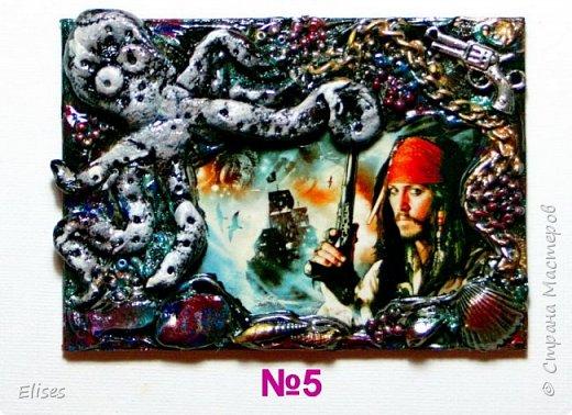 Тема этой серии была сюрпризной для Элайджи. Вот получилось на одном дыхании. В основе структурная паста, всякие мелочи и главный персонаж-осьминог. Из чего он сделан? как вы думаете????? фото 6