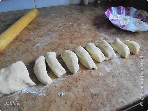 Уважаемые кулинары Страны мастеров, сегодня хочу предложить вам рецепт ещё одного вида пирожков - пирожки с калиной. фото 15