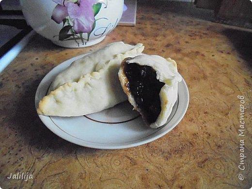 Уважаемые кулинары Страны мастеров, сегодня хочу предложить вам рецепт ещё одного вида пирожков - пирожки с калиной. фото 24