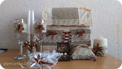 Бокалы, свечи, свеча-очаг, подушка для колец, семейный банк, подвязка, декор шкатулки под серьги (для эффектности фотосессии) фото 1