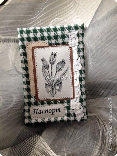 Обложка на паспорт отличный подарок! Эти были подарены на 8 марта моим девочкам! фото 2