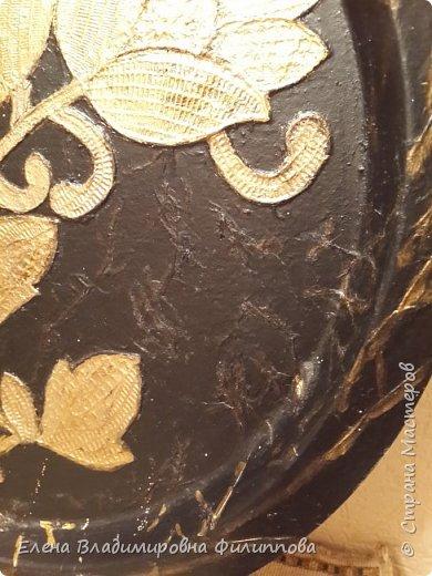Добрый вечер жители Страны Мастеров! Хотела поделиться переделкой старых подносов, да немного напутала  очередность работ. Этот поднос  или картину( сзади есть петелька) делала для мамы, из старой металлической тарелки с видами Пятигорска. Но это вторая работа. фото 2