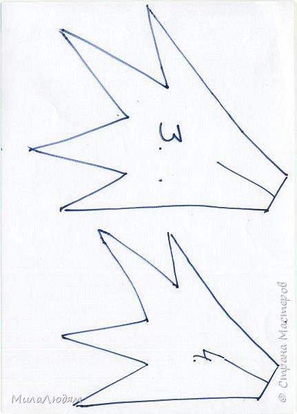 """Всем здравствуйте! отчитываюсь за IV ЭТАП СТ """"Семь чудесных открыток"""" -""""Открытка-раскладушка"""":  ТЕМА - Новый год, Рождество, зима ФОРМА - любая (прямоугольник, квадрат, трапеция и т.д.) Три года назад, когда я пришла в скрап, я увидела открытку, которая запала в душу. Я ее повторила дважды и каждый раз, как оказалось, неправильно, средний ярус я вклеивала, а надо было сгибать. (я потом нашла МК)http://stranamasterov.ru/node/827683 и  http://stranamasterov.ru/node/826879    И вот теперь я ее сделала правильно. Назвала я ее """"Корица и апельсин"""" ОУ (обязательное условие) - вертикальные грани (сгибы) фото 39"""