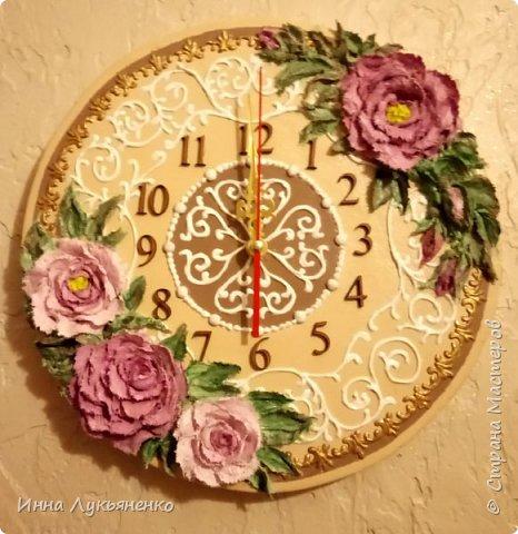 Декорирование основы часов декоративно скульптурной живописью. фото 1