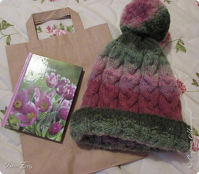 Доброго времени суток! В осенние и зимние холода так хочется закутаться в тёплый шарф, надеть тёплую вязаную шапочку ручной работы:) фото 9