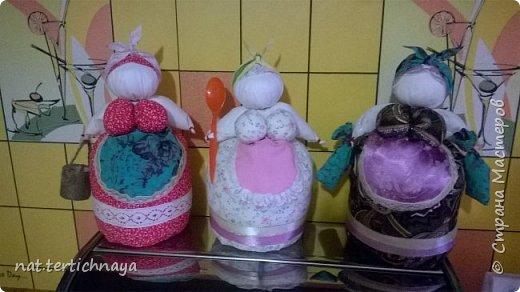 Вот такие хозяюшки на кухне появились у меня по описанию Олели, ссылка на страничку -      http://stranamasterov.ru/node/382529 фото 1