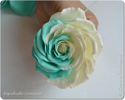 Создаем двухцветную розу «Инь-Янь» из фоамирана фото 27