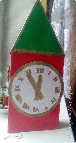 Хотя Новый Год ещё не скоро, надо начинать к нему готовиться. Сейчас я покажу вам, как сделать новогодние часы в форме Спасской башни. фото 13