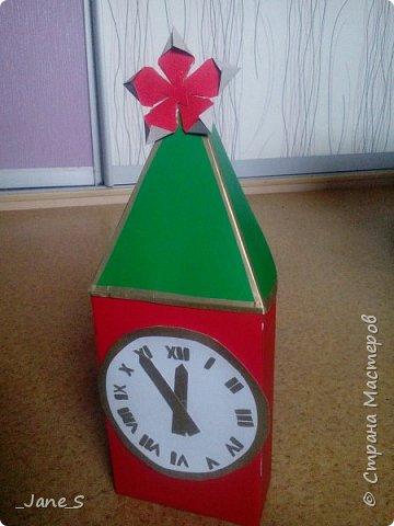 Хотя Новый Год ещё не скоро, надо начинать к нему готовиться. Сейчас я покажу вам, как сделать новогодние часы в форме Спасской башни. фото 15