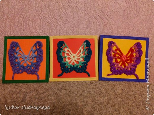 Три бабочки - аппликация вязанная крючком фото 1