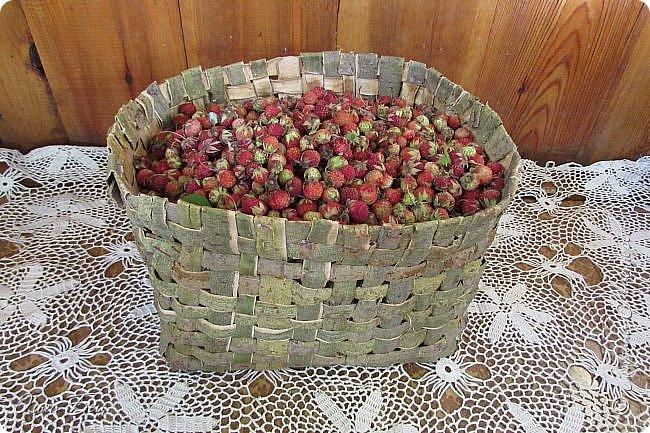 Добрый день! Встречаю вас душистой лесной клубникой в плетёном коробе из ивового  лыка:) фото 9