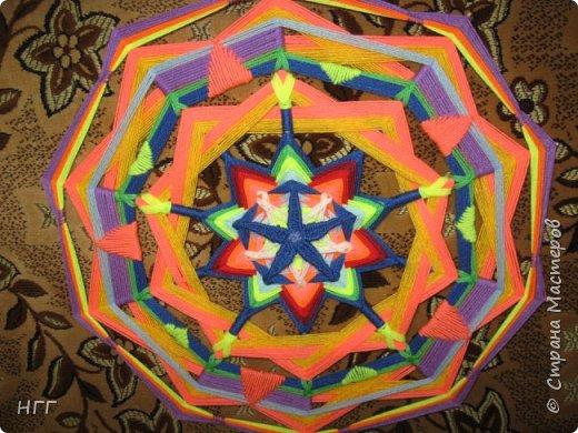 Мандала Солнцеворот из акриловой пряжи. фото 3