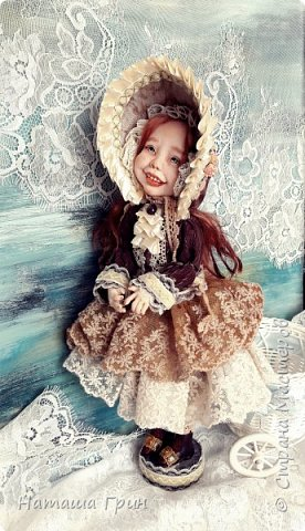 Здравствуйте, мои Дорогие! Решила вам показать мою любимицу, куколку Мэрид в переводе с ирландского - Жемчужинка. Куколку лепила в ручную из запекаемого пластика Ливинг долл. Ручная роспись акрилл и масло. Волосы натуральная козочка. Проволочный каркас, из за этого тело подвижно.  фото 2