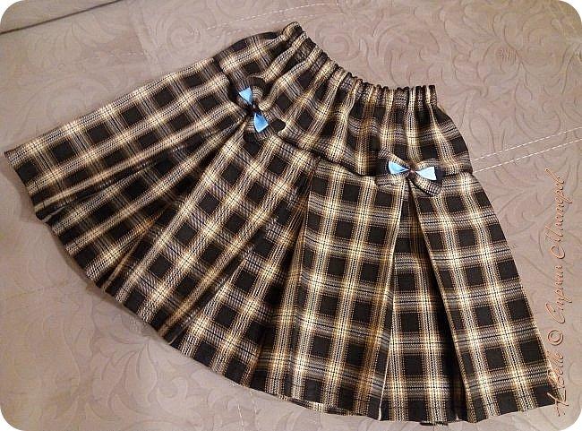 Добрый вечер! Я решила показать еще одну юбочку— со встречными складками. Расчет складок  не так сложен, а вот сбор складок из нескольких полотен... Хотя тоже, в принципе, несложно. фото 1