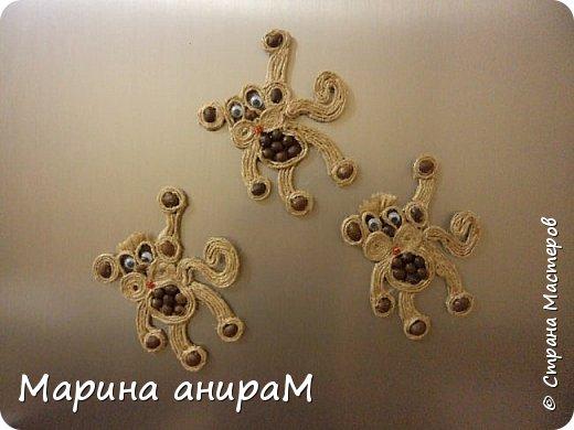Это символ нынешнего года. Петушок с раскрытыми крылышками радует семью нашу на холодильнике.  фото 3