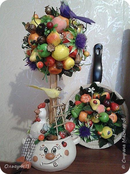 В доме нашлась ненужная сковородка - готовить на ней нельзя, а выбросить жалко...Решила создать компаньона для фруктового топиария.... фото 4