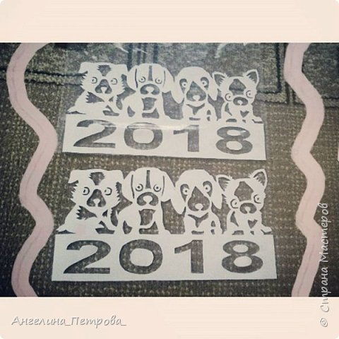 Вот такие вот саночки я недавно сделала На самом деле их надо делать из плотной бумаги, но я сделала из простой, офисной бумаги И знаете, получилось по-моему, очень даже ничего:) Кстати, делала я их по шаблону Зульфии Дадашовой))00 фото 2