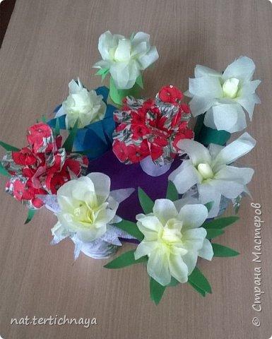 Добрый день всем жителям Страны Мастеров! Эти цветочные букетики мы сделали с ребятами 6 класса ко Дню Матери по описанию Татьяны Николаевны Просняковой. По ее мастер- классу. Спасибо ей большое! фото 1