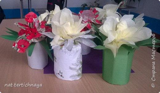 Добрый день всем жителям Страны Мастеров! Эти цветочные букетики мы сделали с ребятами 6 класса ко Дню Матери по описанию Татьяны Николаевны Просняковой. По ее мастер- классу. Спасибо ей большое! фото 2