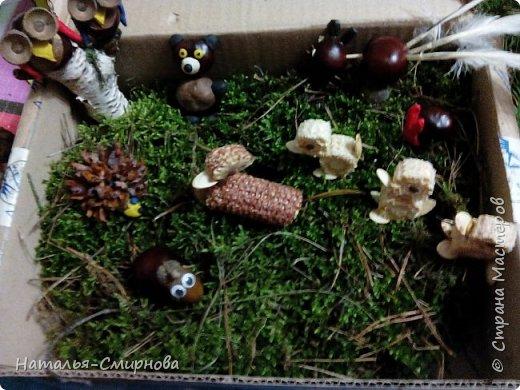 Здравствуйте! Дочке в садик делали с сестрой поделки на выставку к осеннему утреннику. Утка с утятами из очищенного кукурузного кочана.   фото 24