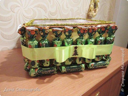 Подарочная коробка из конфет фото 3