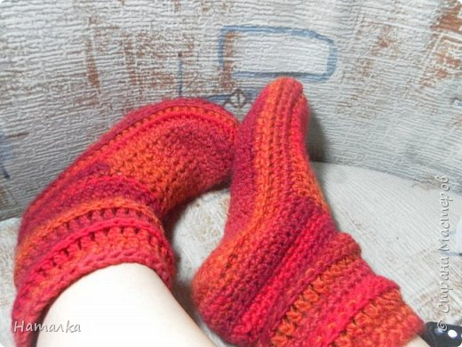 Вязаные носки-сапожки. Тепло ножкам ходить по дому или заниматься спортом либо танцами.