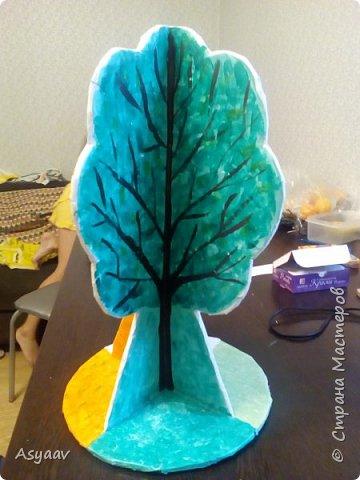 """В садик попросили сделать дерево """"Времена года""""""""  Сделала основу из картона, предварительно нарисовав его шаблон фото 5"""