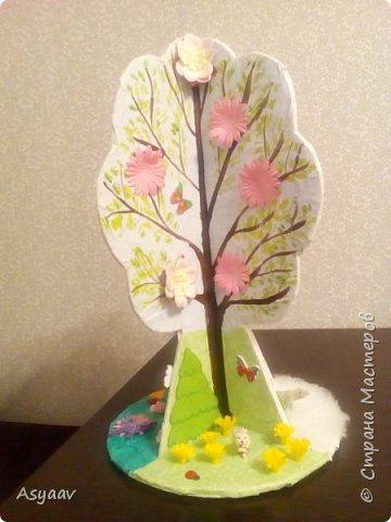 """В садик попросили сделать дерево """"Времена года""""""""  Сделала основу из картона, предварительно нарисовав его шаблон фото 10"""