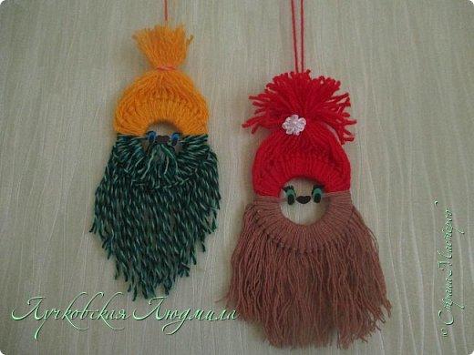 Такую подвеску можно сделать вместе с детьми для украшения интерьера или новогодней елочки.   фото 22