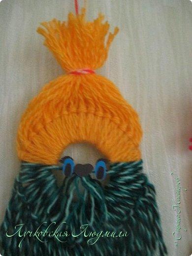 Такую подвеску можно сделать вместе с детьми для украшения интерьера или новогодней елочки.   фото 20