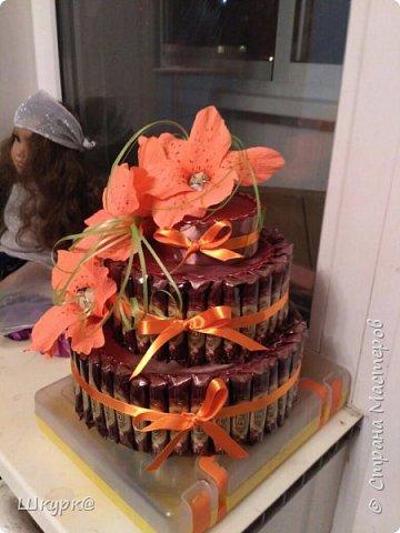 Данный тортик делали с дочкой классному рукодителю на день Рождения. фото 3