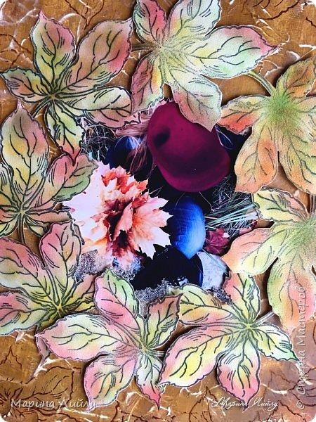 """Девочка-осень кленовые листья Бросала к ногам разноцветным букетом. Подкралась неслышно, совсем уже близко, Пришла к нам с дыханием ветра.   Шла девушка-осень, дразнила нарядом, Теплеющем в бархатном свете. И девочкой той, встретившись взглядом, Мы вдруг забываем о лете. (Алексей Мальцев)  Всем привет! Еще в рамках СП """"ФСС-5. Флюиды красок"""" сделала холст. Теперь он украшает мою небольшую мастерскую.  фото 2"""