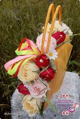 Получился вот такой бюджетный вариант летней сумочки с конфетками. Заказчик доволен, одаряемая - в восторге. Есть куда расти, так что я очень стараюсь))) фото 2