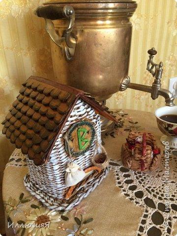 Задумывался чайный домик,но по размеру оказался большой,поэтому приспособила под пакеты фото 5