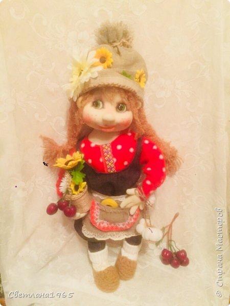 Здрасте всем!!!Попросили куклу домовушку ,с косичками,размером ,около полуметра.Вот что получилось. фото 2
