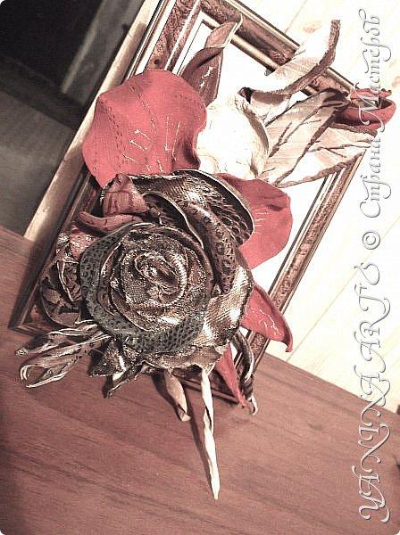 Миниатюрка на день рождения моей сестре. Материал: натуральная кожа и замша (Италия) и набивной шёлк. Техника-микс. фото 3