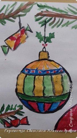 """С   хорошим настроением  на уроке ИЗО раскрасили ребята  3 """"А"""" класса   вот такие  елочные игрушки  . Скоро-скоро наступит  зима , Новый год..А  еще - и самые долгожданные зимние каникулы !!!  Вот только  бы выпал    снег!!!  Ждем с нетерпением!!! фото 12"""