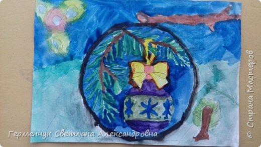 """С   хорошим настроением  на уроке ИЗО раскрасили ребята  3 """"А"""" класса   вот такие  елочные игрушки  . Скоро-скоро наступит  зима , Новый год..А  еще - и самые долгожданные зимние каникулы !!!  Вот только  бы выпал    снег!!!  Ждем с нетерпением!!! фото 20"""